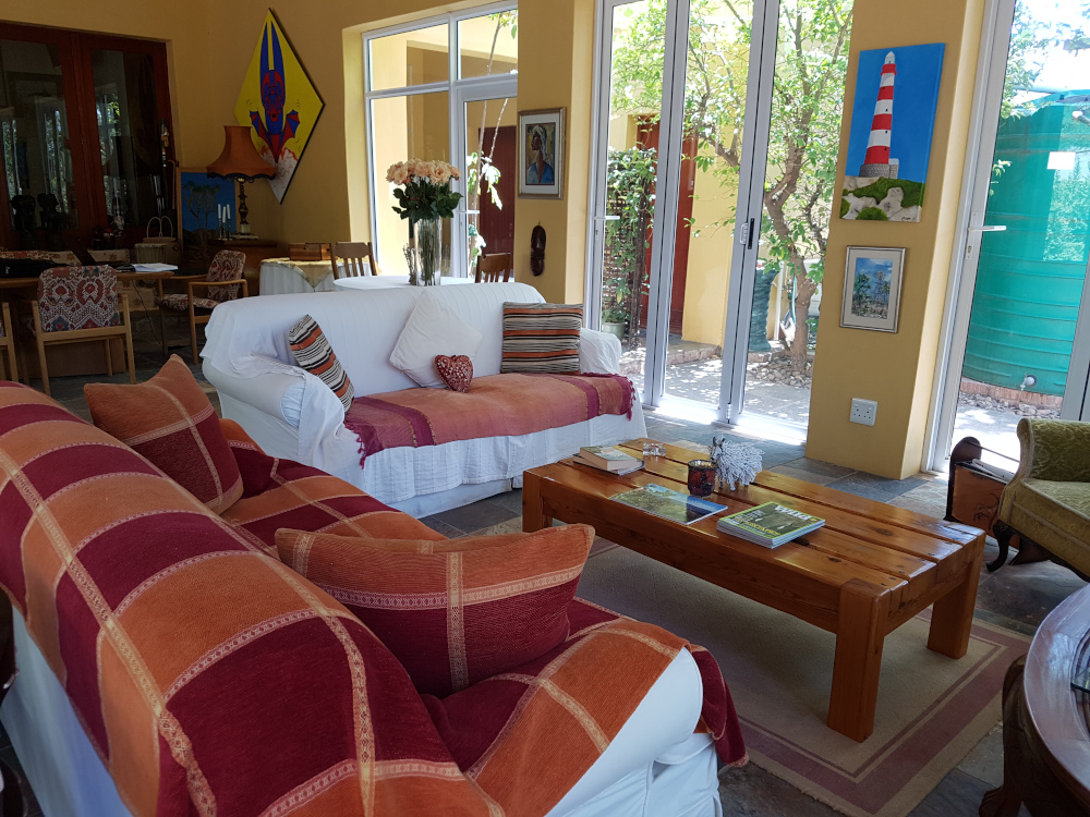 Steytlerville Guest House and accommodation antique chairs